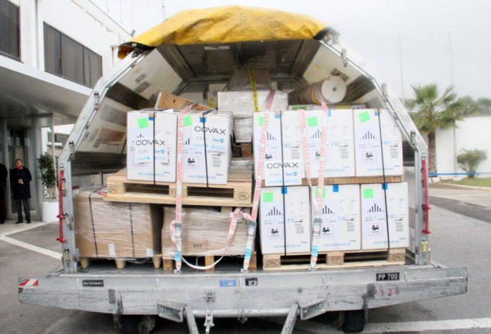La Tunisie reçoit une livraison du vaccin « COVID-19 Vaccine AstraZeneca » dans le cadre de la lutte contre la pandémie